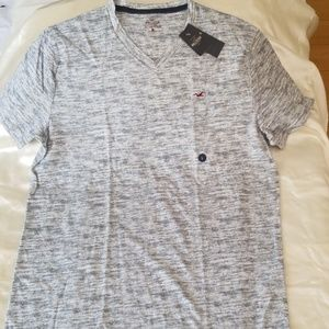 Hollister Must Have Collection Tee - Large